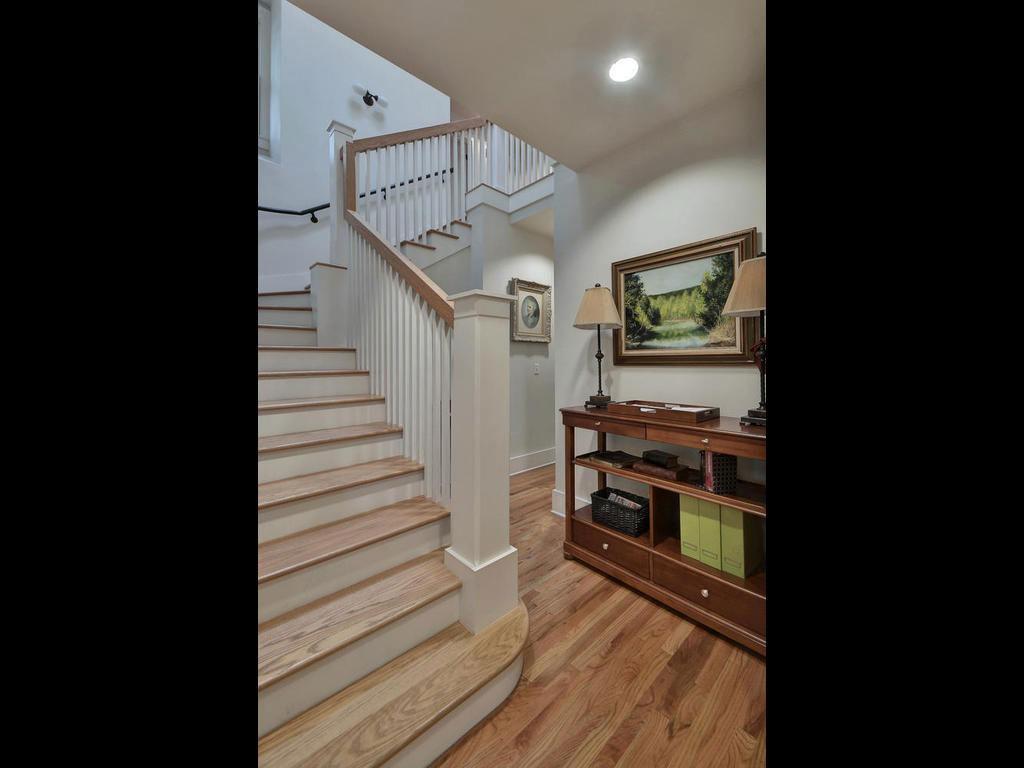 14-2811-Hemphill-Park-MLS_Size-017-26-Staircase-02-1024x768-WEB