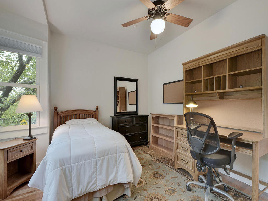 16-2811-Hemphill-Park-MLS_Size-020-11-Bedroom-02-1024x768-WEB